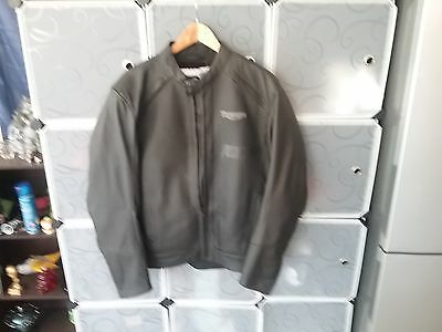 Motorcycle Jacket Triumph size on collar 46/56