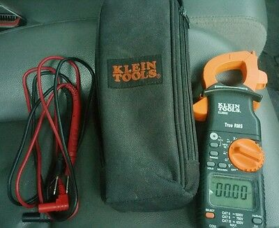 Klein Tools CL2000-True RMS with Case *GREAT CONDITION*