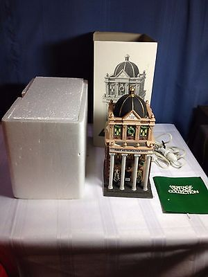 "Dept. 56 Christmas In The City 5882-3 ""FIRST METROPOLITAN BANK"" MIB (Retired)"