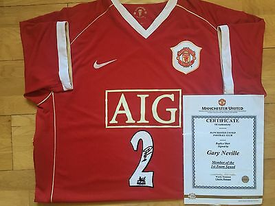 Manchester United shirt signed by Gary Neville +Club Cert, England, Salford