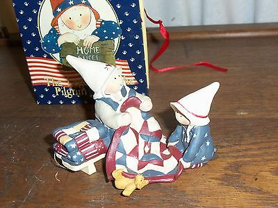Gnomy's Diaries figurines Legend of Pilgrim Fathers Mother & Daughter new