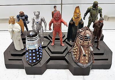Dr Who Eaglemoss 10 x Figurines with Stand