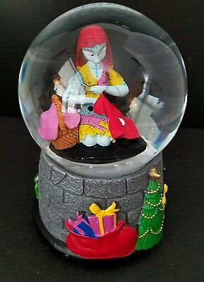 The Nightmare Before Christmas Musical Snow Globe Sally New Rare