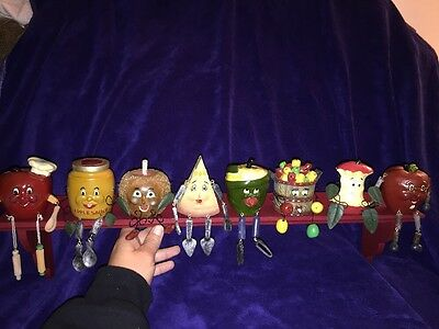 Lot Of 8 CMG Apple Sitters With Shelf