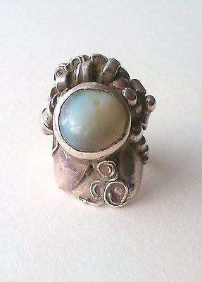 Designer Bohemian/Hippies Vintage Sterling Silver Ring with Agate