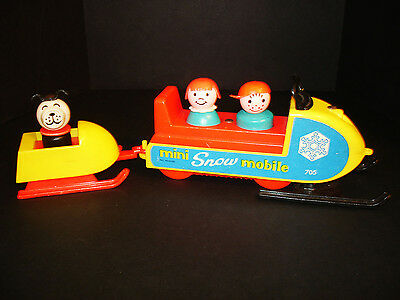 Rare Vintage Fisher-Price Little People Play Family Snow-Mobile Playset #705