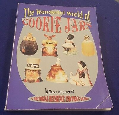 1995 The WONDERFUL WORLD of COOKIE JARS Price Guide Paperback Book by Supnick