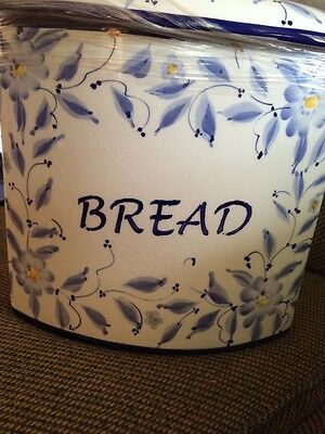 Casafina  Blue Floral Pattern Large Bread Container