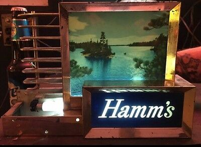 VINTAGE 1950's HAMMS'S LAKE SCEEN, LIGHTED BEER SIGN. GREAT SHAPE, NEEDS TLC