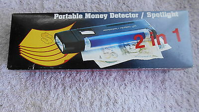 Portable Money detector and spotlight 2 in 1.