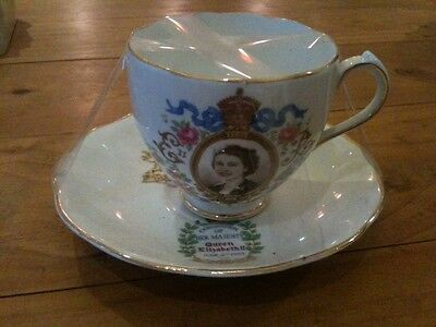 Roslyn Fine Bone China Erii Queen Elizabeth Ii Coronation Cup & Saucer