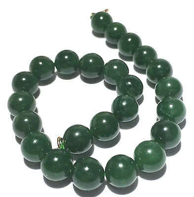 "Beautiful Vintage Jade Color 8"" Beaded Bracelet - 20 Grams Marked Clasp"