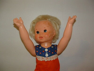 """Tippy Tumbles 16 ½"""" Doll Made By Ideal Toy Corp 1977 Plastic Arms And Legs"""