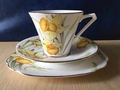 Queen Anne Daffodils Fine Bone England China Trio Vintage Tea Parties Weddings