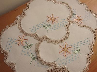 Vintage Doily Duchess Set Flowers Hand Embroidered Linen Rayon