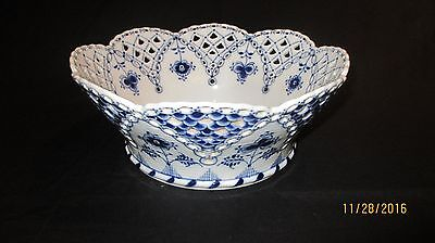 Rare Royal Copenhagen Large Fruit Bowl,decorated In Full Blue Fluted Lace