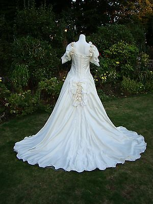 Rare Vtg Lace Wedding Dress Pearl Embroidered Long Train Romantic Cream 12 14