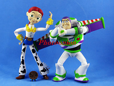 DISNEY Toy Story Collectible Figur Display Decor Modell Jessie Buzz A366-A369
