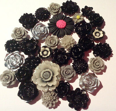 15x mixed  black and grey flower cabochons Embellishments, gems