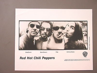 Red Hot Chili Peppers promo photo 8 X 10 glossy black & white 1995 !