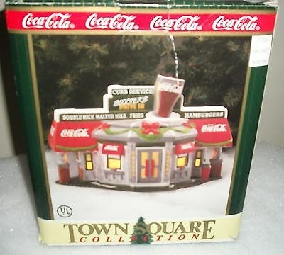 1996 Coca Cola Town Square Collection Scooter's Drive-In