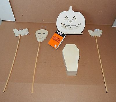 "Halloween Wooden Craft Lot Lighted Pumpkin Pokes 5"" Coffin Box Bats Skull 69P"