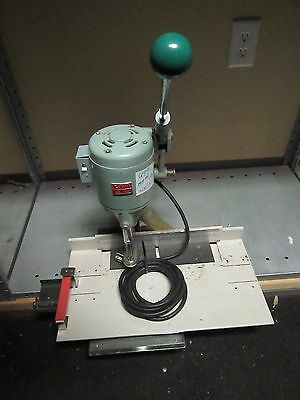 U99 Lihit Lhp-1013 Paper Hole Drill Punch Table Top