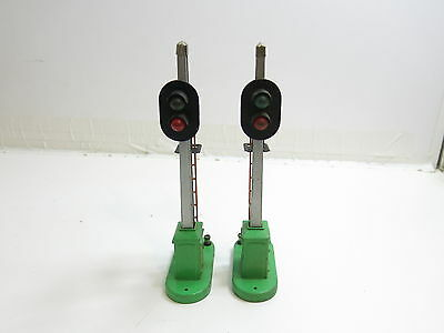 Lot Of 2 Vintage 1950's Lionel No 153 Block Signals Metal Green Base