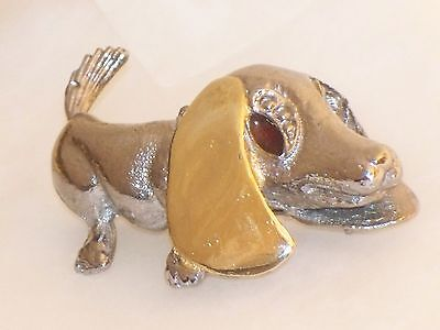 Vintage Whimsical BASSET HOUND Dog Heavy PIN goldtone Silvertone brooch