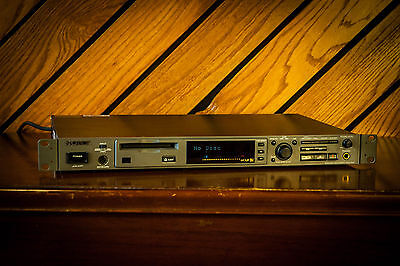 Sony MDS-E12 Professional MiniDisc Recorder/ Player - Rack Mount - Tested 100%