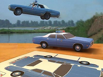 Papercraft 1971 Ford White Lightning movie police car EZU-build Paper Car