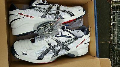 Asics Gel Gully 2 Cricket Spikes  Size 13