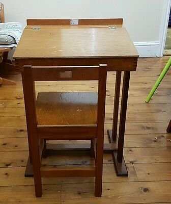 Traditional School Desk with Chair with measurements