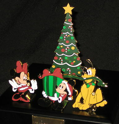 LE Disney Pin Set✿Holiday Christmas Tree Mickey Minnie Mouse Pluto Present Gift