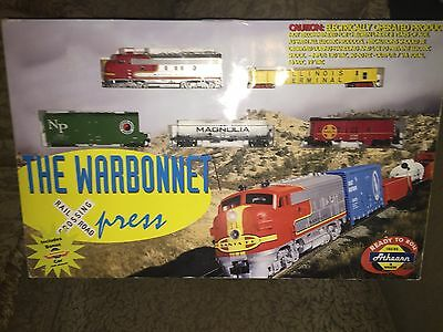 Boxed Athearn The Warbonnet Authentic Ho Scale Train Set Power Pack Locomotive