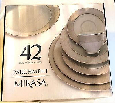 NEW Mikasa Parchment 42-Piece Dinnerware Set (MISSING 4 PIECES) FREE SHIPPING