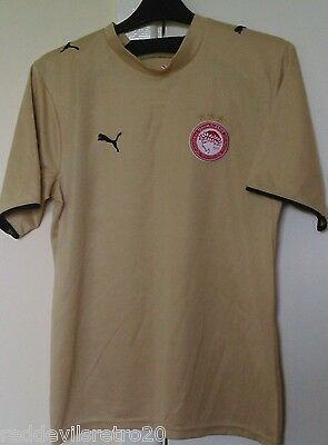 Olympiacos (Greece) Offical Puma Football Shirt (Youths 12-13 Years)