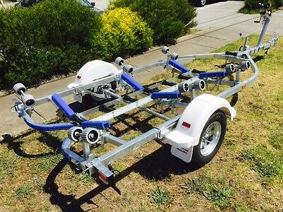 Precision boat trailer New 5.2 mt galvanised drive on roller.  SPECIAL