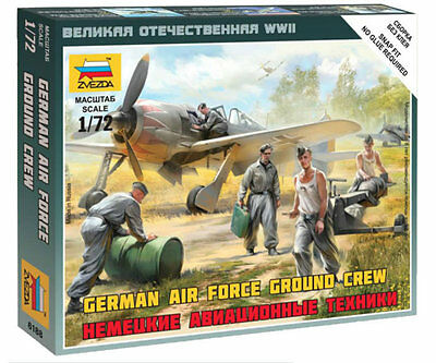 Zvezda - German air force ground crew - 1:72