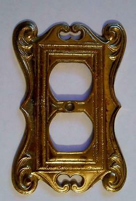Vintage Virginia Metalcrafters Brass Socket Outlet Switch Plate Cover 24-27