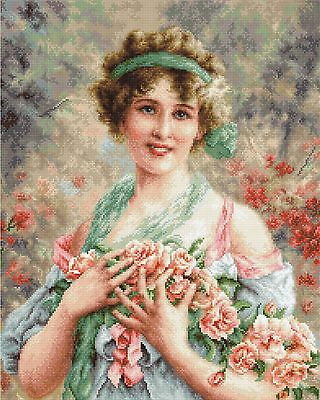LUCA-S  B553  The Girl with Roses  Kit  Broderie  Point de croix  Compté