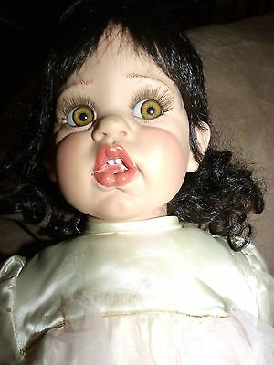 """FAYZAH SPANOS Signed Numbered 1996 VINYL Doll 26"""" Gorgeous 144/1000"""