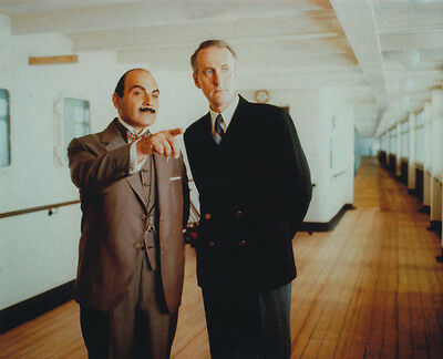 David Suchet and Hugh Fraser UNSIGNED photo - H2218 - Poirot