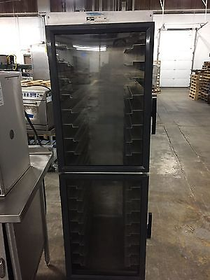 Metro Enclosed Bakery Transport Speed Rack Cabinet Cart