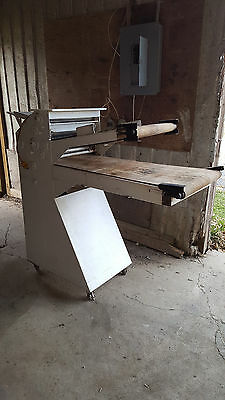 Acme Conveyor Dough Roller Floor Model Rol-Sheeter Machine Double Pass Bakery