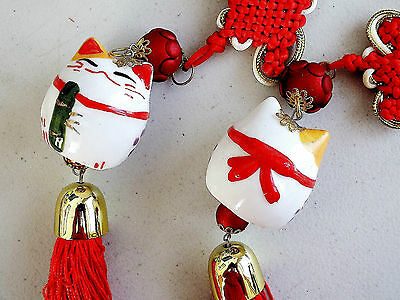 Chinese Japanese Ceramic White Lucky Cat Hanging Charm New Year Party Car D3
