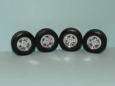 GMP 1/18 Mag Wheel And Tyre Set Great for diorama or rebuilds
