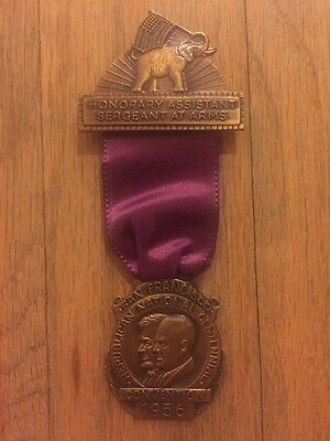 1956 Republican National Convention President Dwight Eisenhower Badge Medal