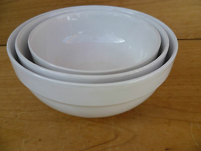 Three Large White Kitchen, Cooking Mixing Bowls (937)