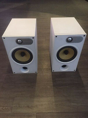 B&W 685 Loudspeakers White
